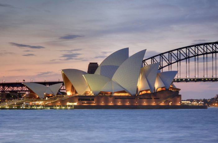 The Sydney Opera House invites you to #ComeOnIn with social media campaign