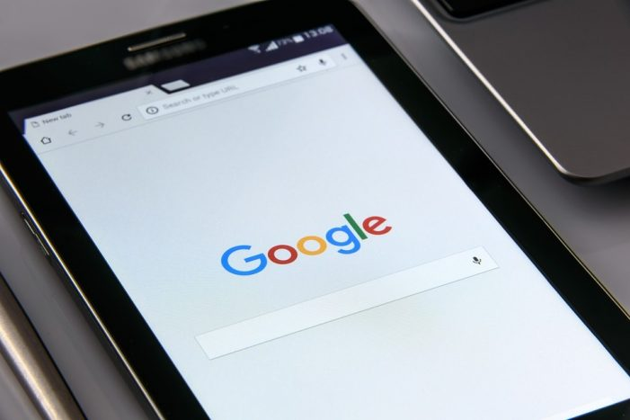 Google Teams Up with Cloudflare and TripleLift for Better AMP Ads