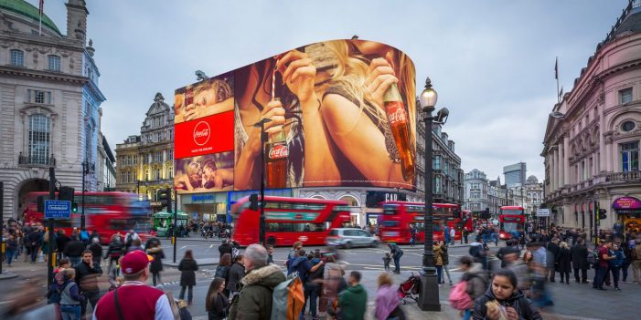 A Giant New Billboard in London Knows What Car You Drive, and Even How You're Feeling