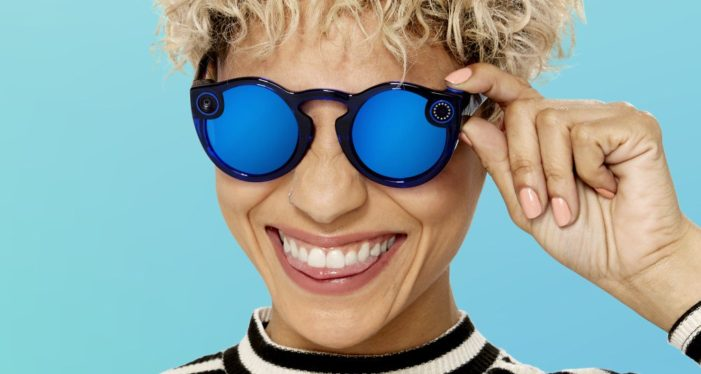 Snap's latest Spectacles can shoot photos as well as videos