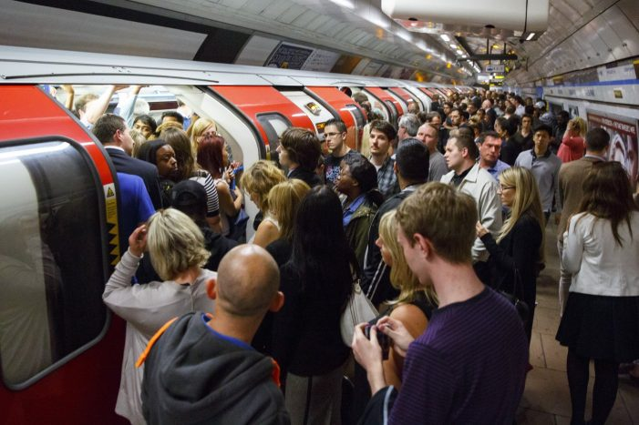 Twitter and TfL team up for instant Tube disruption alerts