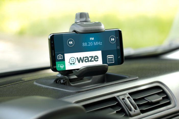 Waze strikes roadside assistance deal with Allianz