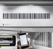 Foundation Laço Rosa transforms the giving of wigs into a barcode for donations