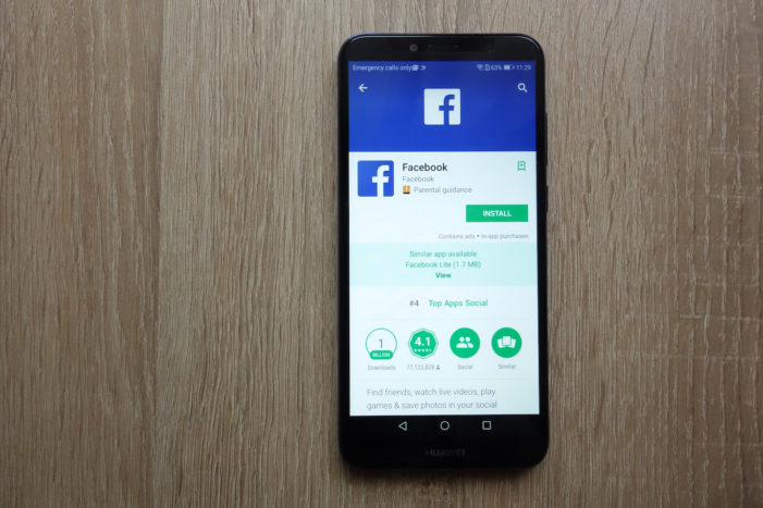 Facebook suspends app pre-installs on Huawei phones