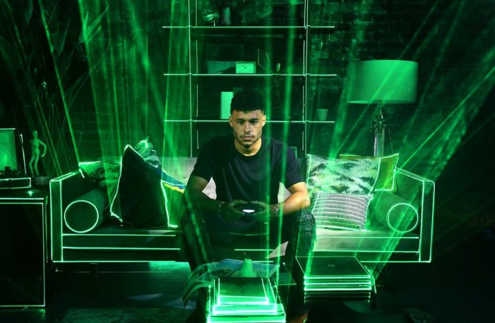 Alex Oxlade-Chamberlain is the first to try Three's hyper-immersive Call of Duty 5G experience and loves it